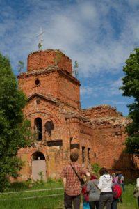 Soikkolan Pyhän Nikolauksen kirkon rauniot.