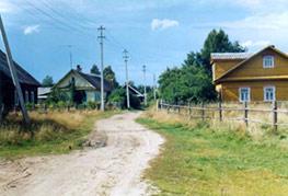 Luutsan kyläraittia 2000-luvulla.