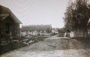Serepetan kylänraitti 1900-luvun alussa.