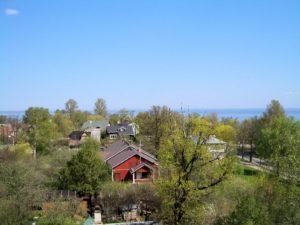 Tyrö sijaitsee kauniilla paikalla Suomenlahden rannalla.