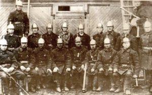 Kelton Vanhakylän  vapaaehtoinen palokunta 1900-luvun alussa.