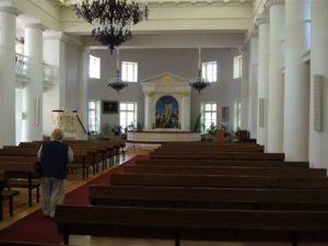 Tyrön kirkko sisältä